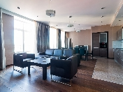 "Modern style 6-room apartment rental in the elite residential complex ""Paradny Kvartal"""