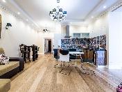 Louer appartement de luxe de 3-pièces 5, 9-ème rue Sovetskaya Saint-Pétersbourg