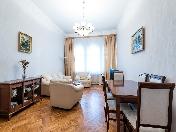 Снять видовую 4-комнатную квартиру в центре, на пл. Островского, 5, С-Петербург