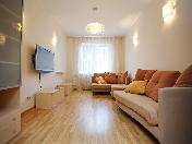 Elegant 3-room apartment rental in new house at 5, Moiseenko str., St-Petersburg