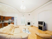 Stylish 3-room apartment with view at 64, Moika River Emb., St-Petersburg