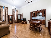 Rent spacious 3-room apartment with a balcony, 12, Millionnaya Str., Saint-Petersburg