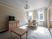 Снять стильную 2-комнатную квартиру с балконом в центре, Полтавский прзд., 2, СПБ