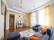 Современная 4-комнатная квартира с балконом в аренду Захарьевская улица 33 СПБ