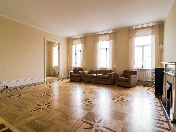 Water view 5-room apartment for rent at 38 Fontanka River Embankment Saint-Petersburg