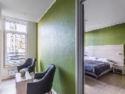 Modern design 3-room apartment rental at 7, Academika Pavlova Street Saint-Petersburg
