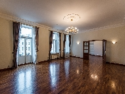 Water view modern style 5-room apartment for rent 12, Griboedova Ch. Emb. St-Petersburg
