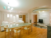 Modern design 3-room apartment for rent at 117, Nevsky Prospect Saint-Petersburg