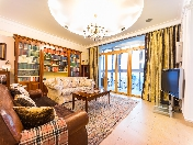 Panoramic view author's design 4-room apartment for sale at 61, Varshavskaya Str. St-Petersburg