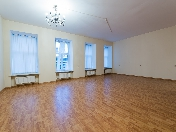 Аренда просторной 3-комнатной квартиры на улице Рубинштейна Санкт-Петербург