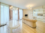 "Rent author's design 4-room apartment RC ""House by the Sea"" Krestovsky Island St-Petersburg"