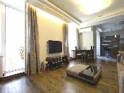 Location d'appartement de 3-pièces de luxe à 73, rue Basseynaya Saint-Pétersbourg