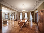 Rent classical 5-room apartment Benoit's house 26, Kamennoostrovsky pr. Saint-Petersburg