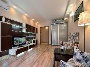 Appartement de 1-pièce de luxe à louer à 23, Sredneohtinsky Prospect St-Pétersbourg