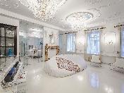 Аренда дизайнерской 4-комнатной квартиры элитный дом на Большой Морской ул. 4 СПБ