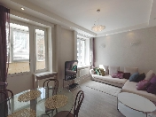 Appartement de 2-pièces à louer maison de prestige 6A, rue Vosstania St-Pétersbourg