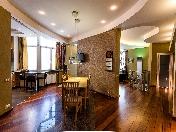 Продажа авторской двухуровневой 5-комнатной квартиры новый дом Петергоф СПБ