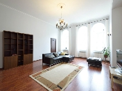 Water view stylish 3-room apartment for rent at 33, Griboedova Emb. Saint-Petersburg