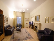 Аренда современной 4-комнатной квартиры на Итальянской ул. 6 Санкт-Петербург