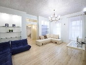 Author's 1-room apartment to let near the Hermitage 10, Moika River Emb. St-Petersburg