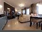 Аренда дизайнерской 4-комнатной квартиры с 2 террасами на Невском пр. 131 СПБ