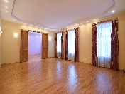Luxury 5-room apartment rental in a renovated building 16, Stremyannaya Str. St-Petersburg