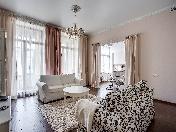 Дизайнерская 4-комнатная квартира в аренду Крестовский остров Санкт-Петербург