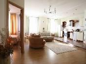 Светлая просторная 3-х комнатная квартира в аренду ул. Рубинштейна 3