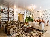 Modern style 3-room apartment for rent at 7, Svetchnoy Lane Saint-Petersburg