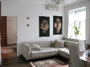 Modern 3-room aparment rental at 32, Zhukovskogo Street Saint-Petersburg