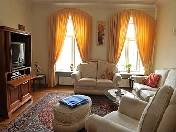 5-room apartment with view for rent at 12, Griboedova Embankment