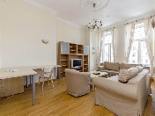 Water view 3-room apartment for rent at 12, Griboedova Embankment Saint-Petersburg