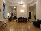 4-room apartment for rent at 14, Griboedova Embankment