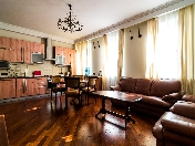3-room apartment for rent in the reconstructed historical building at 3, Ryleeva Street
