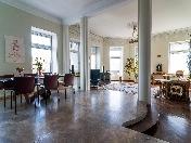 Видовая стильная 3-х комнатная квартира в аренду на Невском пр. 66 Санкт-Петербург
