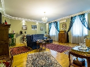 Modern 4-room apartment for rent at 14, Robespiera Embankment St-Petersburg